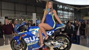 Eicma 2015, bikes and... girls!