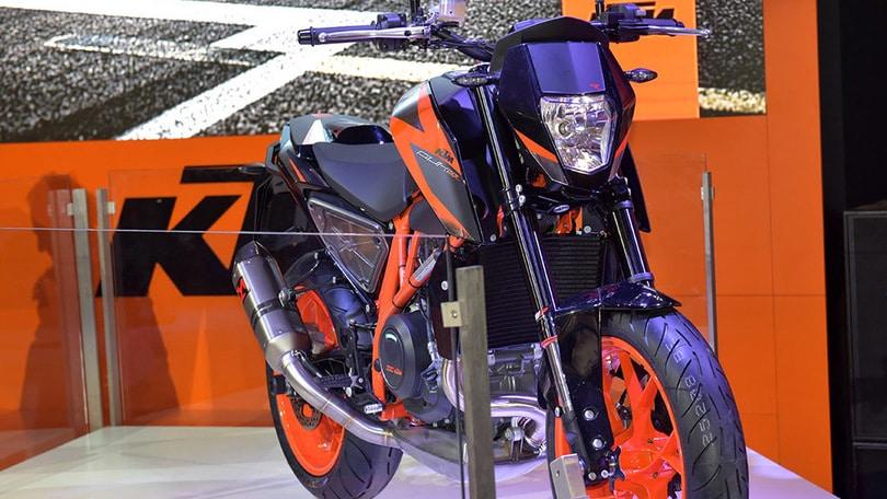 EICMA 2015: KTM 690 Duke, motore più cattivo