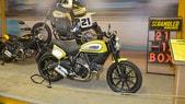 EICMA 2015: Ducati Scrambler Flat Track Pro, come Bayliss