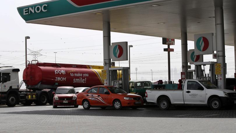Carburanti, scendono i prezzi: a ottobre risparmiato 1 miliardo