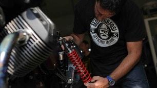 Moto Guzzi Garage: al lavoro sulla Dark Rider
