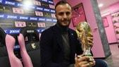 Gilardino porta la Coppa del mondo a Palermo
