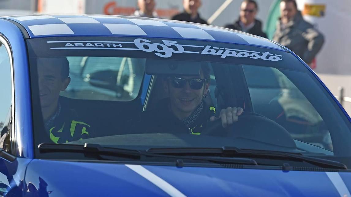 """Rossi al Monza Rally con la Abarth """"MotoGP"""""""