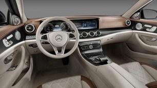 Nuova Mercedes Classe E, prime immagini degli intern