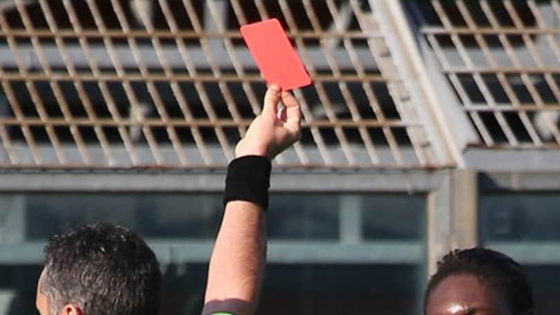 Calcio, quattro anni di squalifica per un giocatore del Viareggio