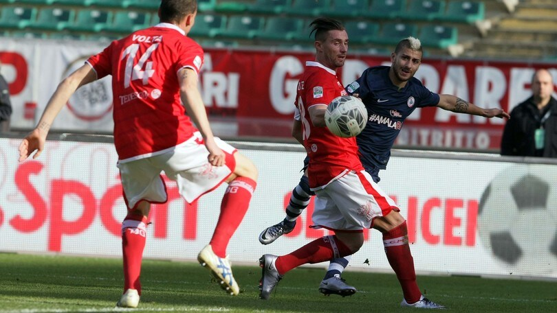 Serie B Bari, basta Sabelli. Perugia al tappeto