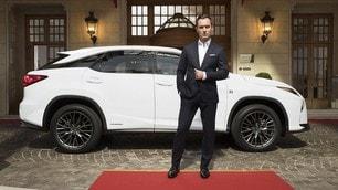Lexus, il backstage dello spot con Jude Law