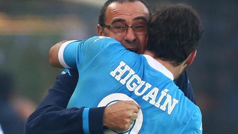 Napoli, Sarri: «Higuain il centravanti più forte del mondo»