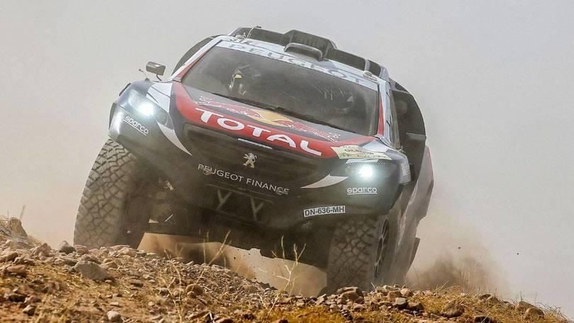 Dakar 2016, il Leone Peugeot sogna col poker d'assi