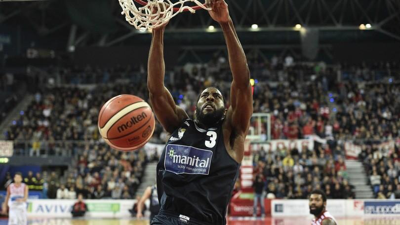 Basket Serie A, Torino lascia l'ultimo posto