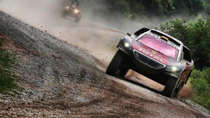 Dakar 2016, tripletta Peugeot nella tappa 4