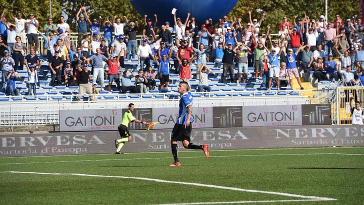 Calciomercato Novara, Manconi in prestito al Pavia