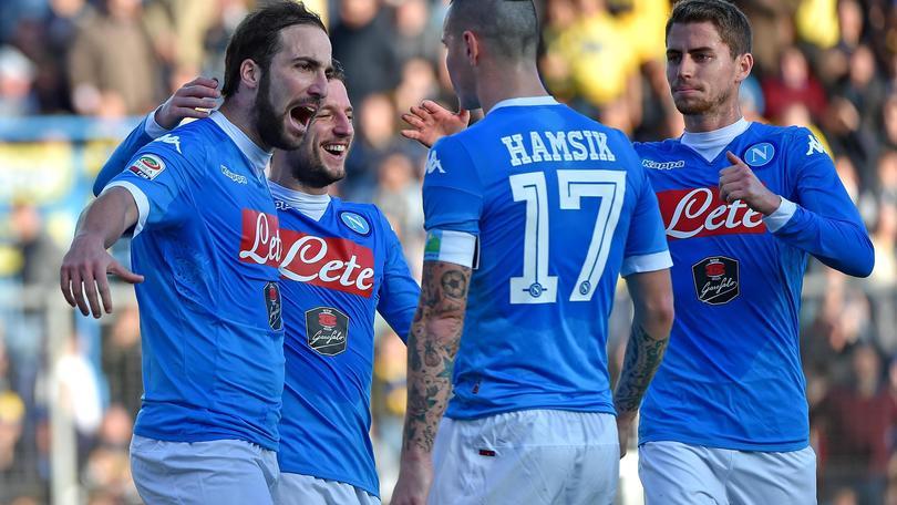 Diretta Frosinone-Napoli 1-5, azzurri campioni d'inverno