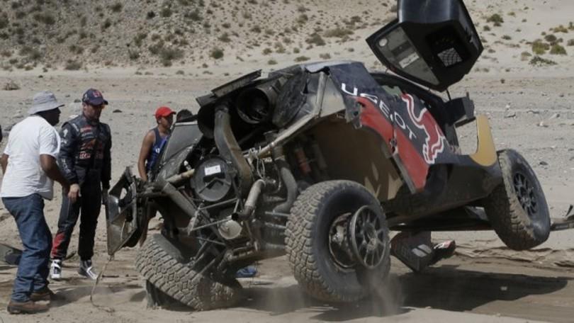 Dakar 2016, prima vittoria Mini, per Loeb è finita?