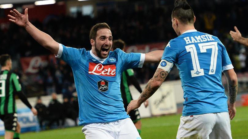 3cd1fd9ec Napoli-Sassuolo 3-1: Callejon e Higuain rispondono a Falcinelli ...