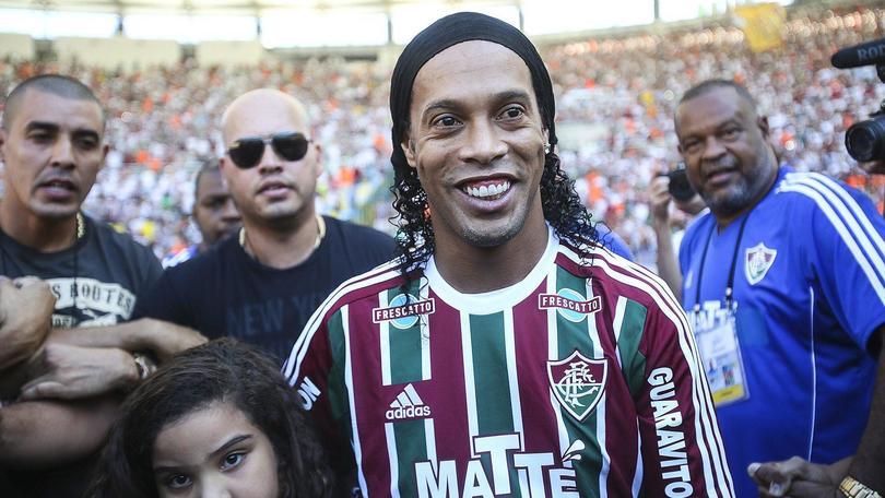 Calciomercato, Ronaldinho al Barcellona: ma è quello di Guayaquil