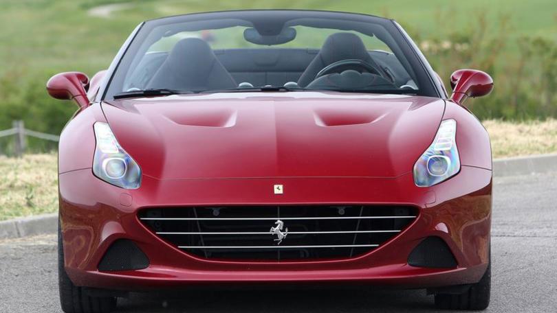 Ferrari California T: con l'handling speciale si può volare