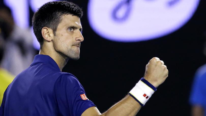 Tennis Australian Open, Djokovic spazza via Nishikori: c'è Federer in semifinale