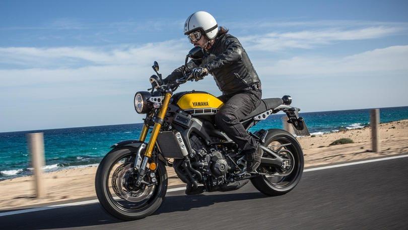Yamaha xsr 900 hard rock anni 39 70 corriere dello sport for Tenere sinonimo