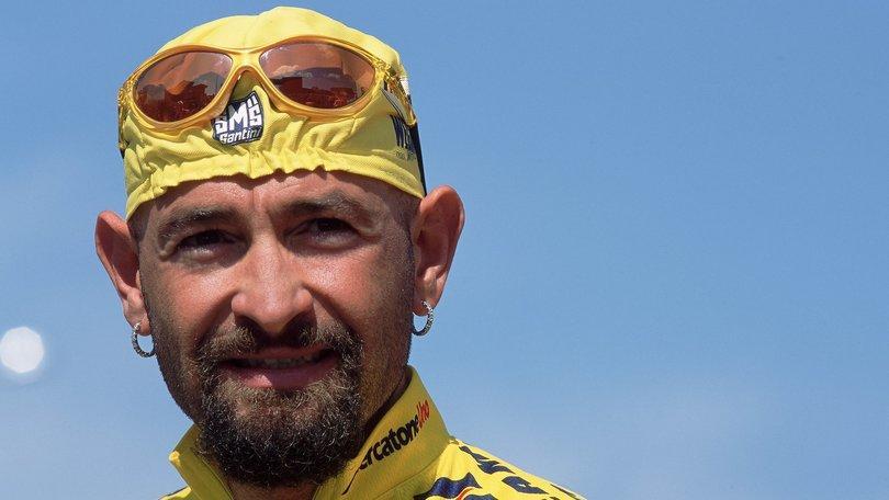 Ciclismo, legale famiglia Pantani: «A Madonna di Campiglio non doveva essere fermato»