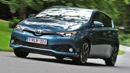 Toyota Auris Hybrid, la full-optional green: la prova