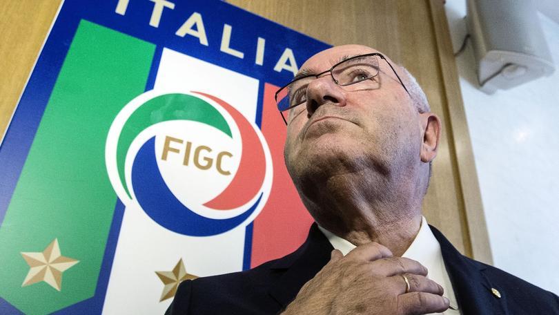 Coppa Italia, Tavecchio alla Lega: «Anticipare la finale sarebbe d'aiuto a Conte»