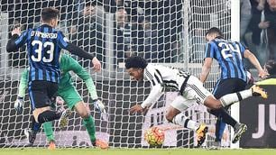 Juventus-Inter, la fotosequenza del contatto Murillo-Cuadrado