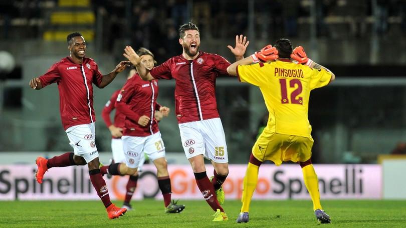 Calciomercato Fiorentina, Schetino rinforzo per il Livorno
