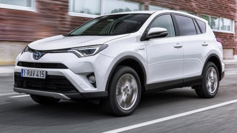 Toyota RAV4: la forza ibrida ora è con voi