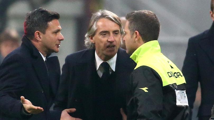 Mancini, furia in tv: «Sì, ho fatto il dito medio a chi mi insultava»