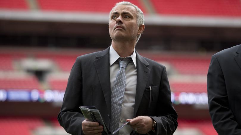 Calciomercato, Mourinho va al Manchester United: bye bye Inter