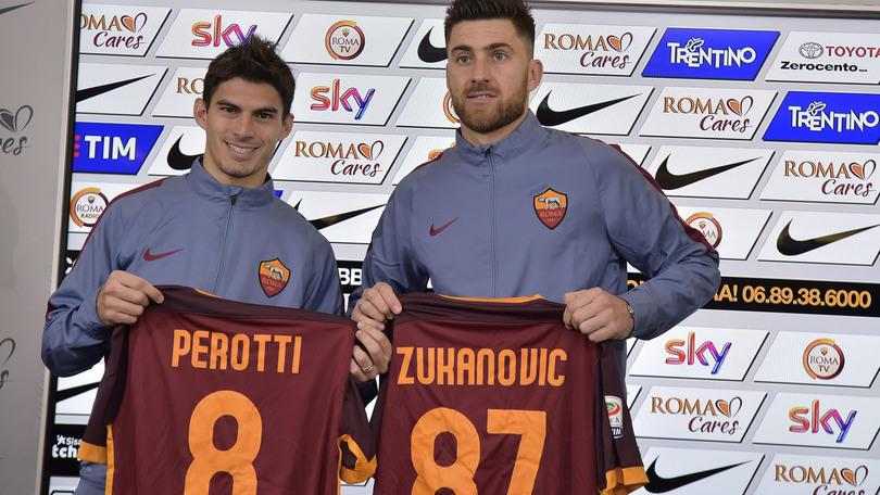 Calciomercato Roma, ufficiali i riscatti di Zukanovic e Perotti