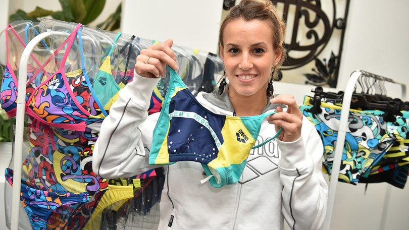 Tania Cagnotto a Rio con il costume...dei tifosi
