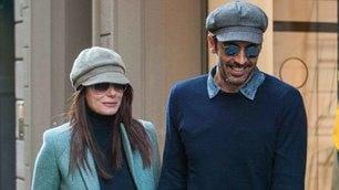 Buffon e Ilaria D'Amico, tanto di cappello! Che look a Milano