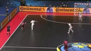 Eurofutsal: Gol di Ricardinho in Serbia-Portogallo