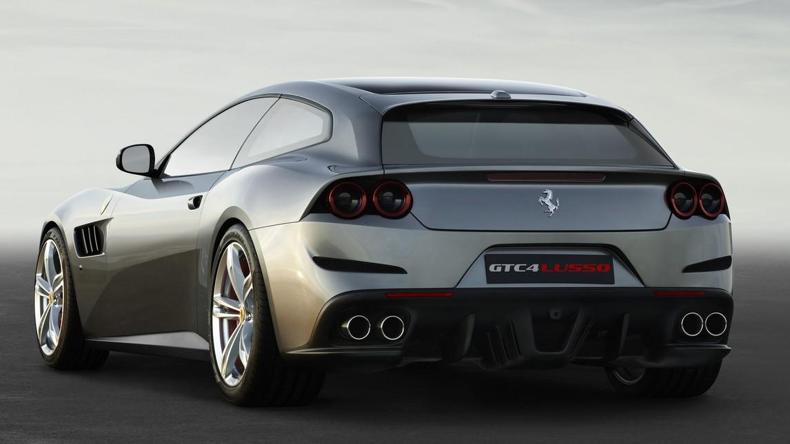 Ferrari GTC4 Lusso, le immagini in anteprima