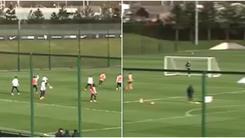 La magia di Clichy: che gol in allenamento!