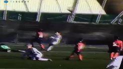 Un gol alla Henry per Roberto!