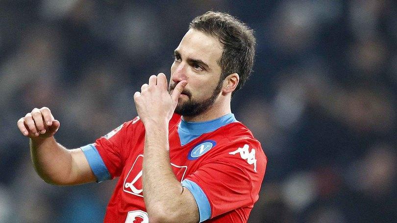 Europa League Napoli, dilemma Sarri: Higuain titolare o no?