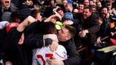 """San Valentino anche in Premier League: Origi """"rischia"""" il bacio"""