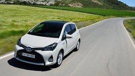 Toyota Yaris, foto e prezzi