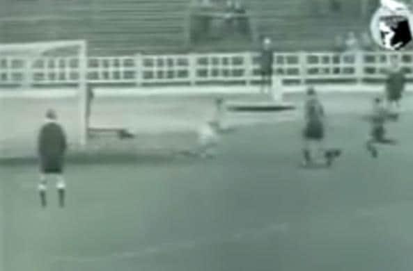 Il rigore di Messi, 25 anni prima di Olsen e Cruyff