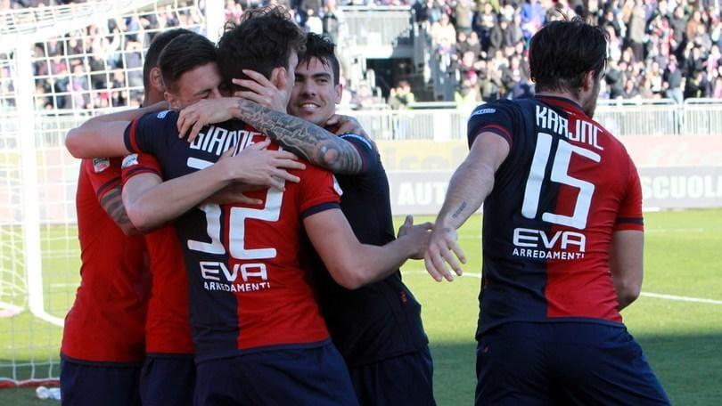 Serie B: Cagliari, rimonta e fuga. Pescara ko
