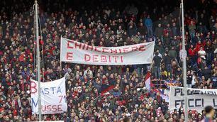 Genoa-Udinese: la curva rossoblù contesta, ma il resto dello stadio fischia