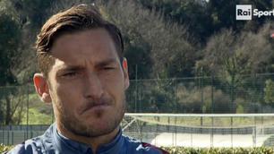 Caso Totti, sui social i tifosi della Roma spaccati