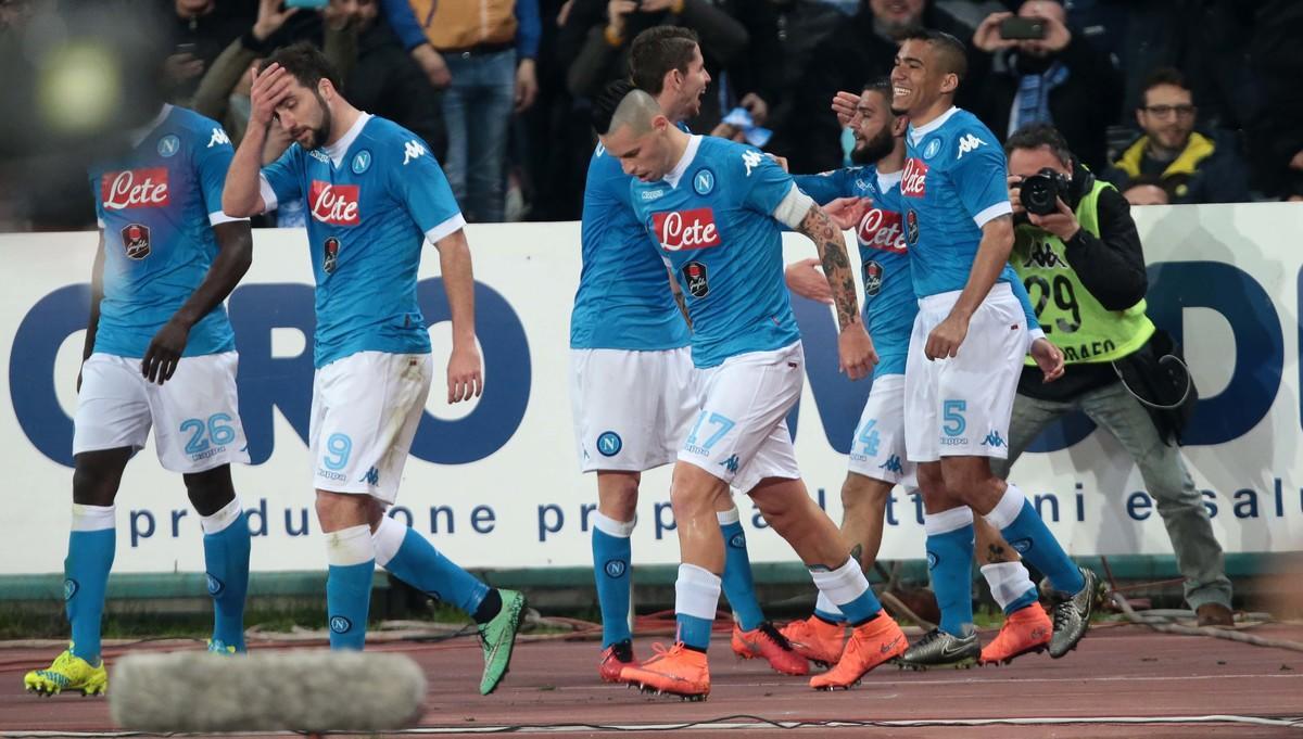 Serie A, pagelle Napoli: Albiol leader, muro Koulibaly, Hamsik frena