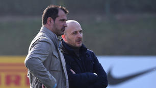 L'Inter si allena sotto gli occhi di Stankovic