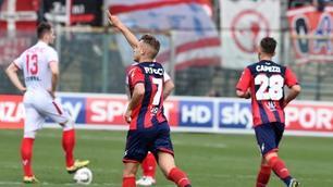 Crotone-Vicenza, le immagini della partita