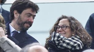 Juventus-Inter, allo Stadium Agnelli e Deniz Akalin: nuovo look per la modella