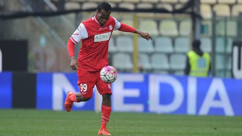 Serie A Carpi, Mbakogu ai box: problema al piede
